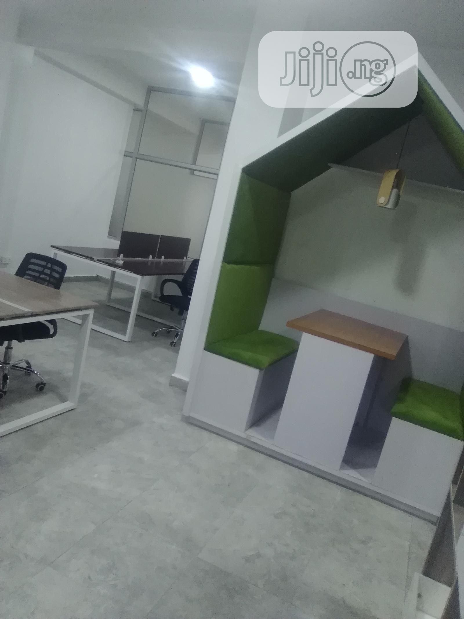 Affordable/Flexible Office Spaces in Different Support Plans for Rent