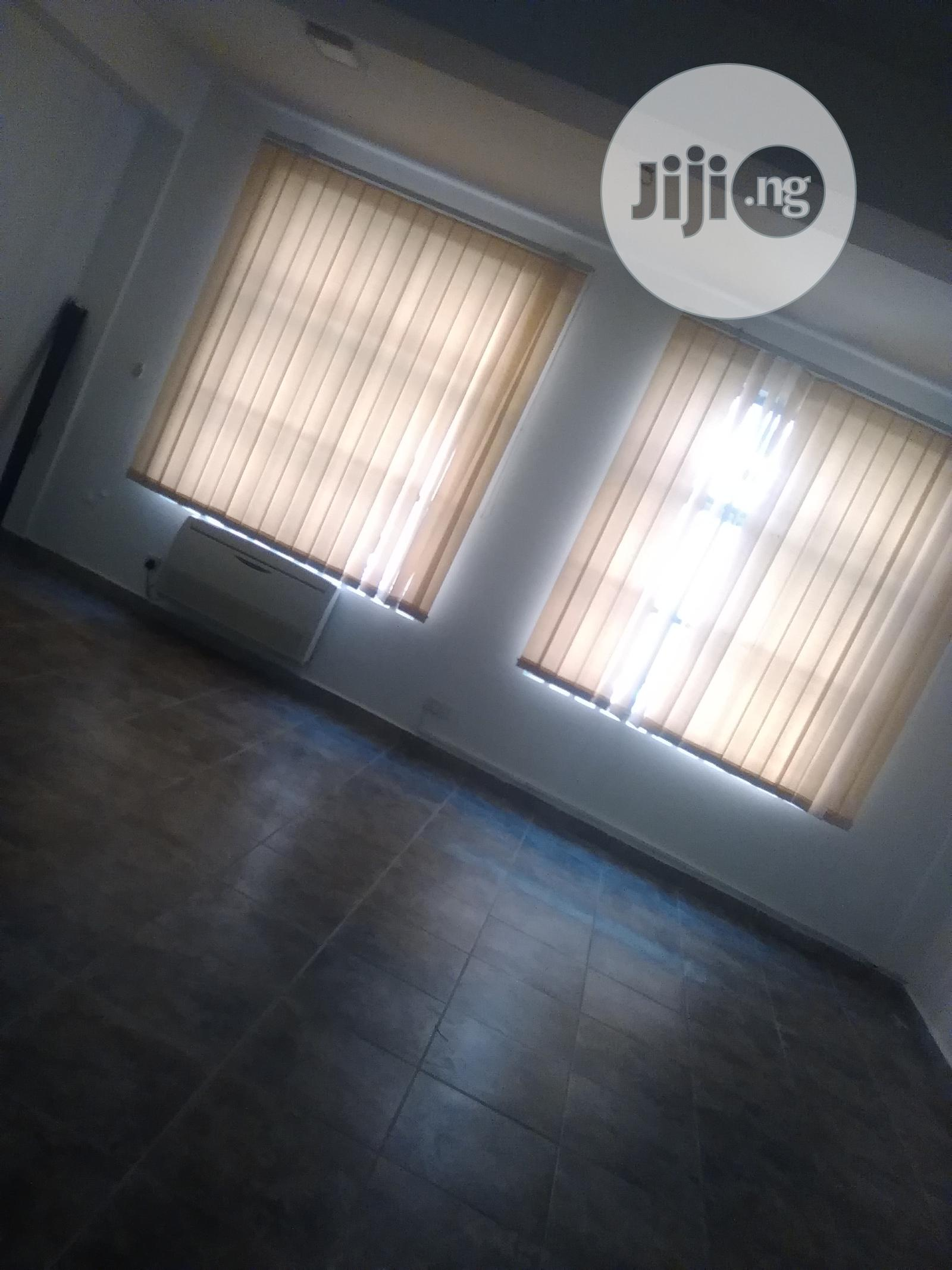 Affordable/Flexible Office Spaces in Different Support Plans for Rent   Commercial Property For Rent for sale in Central Business Dis, Abuja (FCT) State, Nigeria