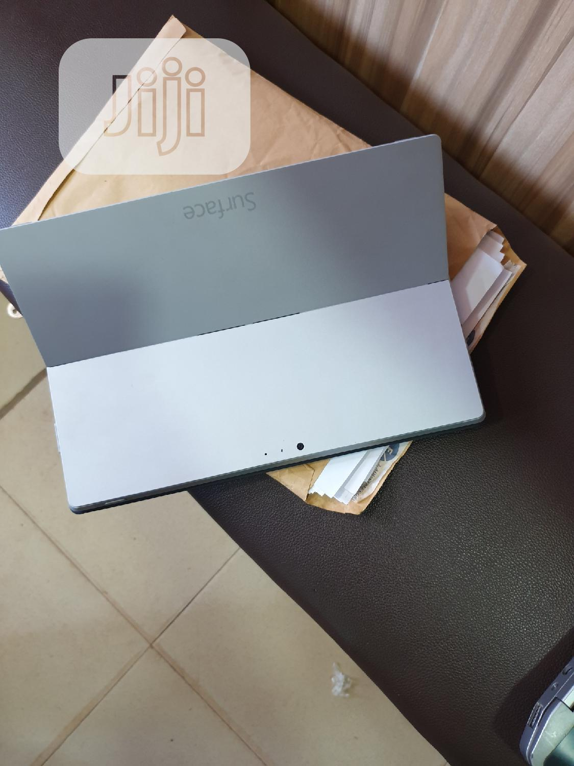 Laptop Microsoft Surface Pro 4GB Intel Core i5 SSD 128GB   Laptops & Computers for sale in Wuse, Abuja (FCT) State, Nigeria