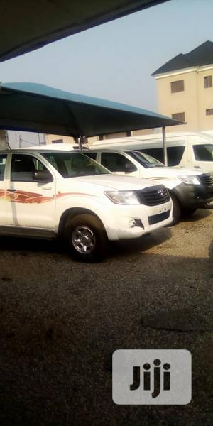 Toyota Hilux 2012 2.0 VVT-i SRX White   Cars for sale in Lagos State, Amuwo-Odofin
