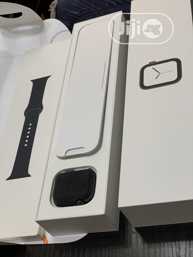 New Open Box Apple Watch Series 4 40mm GPS Only | Smart Watches & Trackers for sale in Ikeja, Lagos State, Nigeria