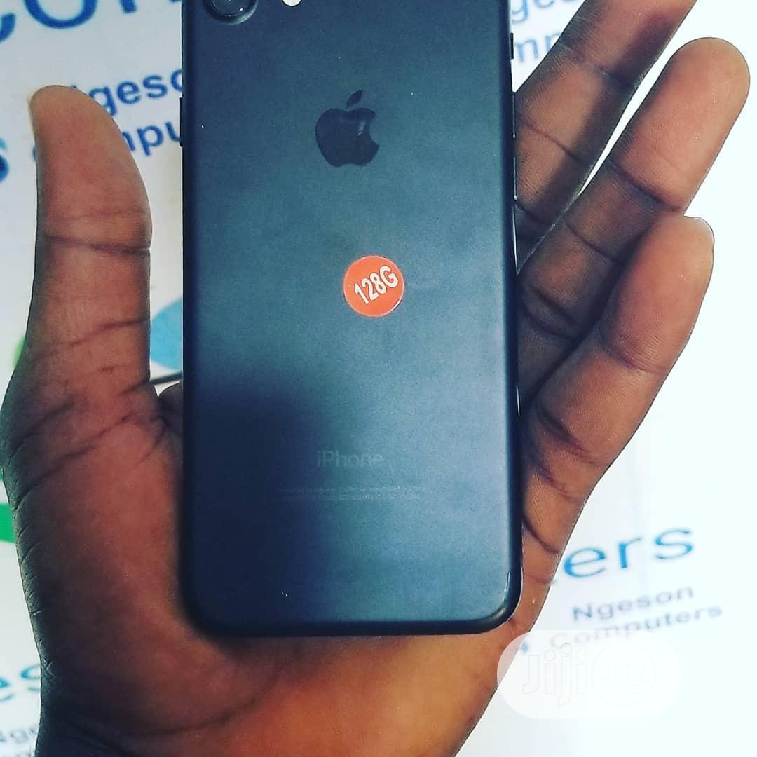 Apple iPhone 7 32 GB Black   Mobile Phones for sale in Mushin, Lagos State, Nigeria