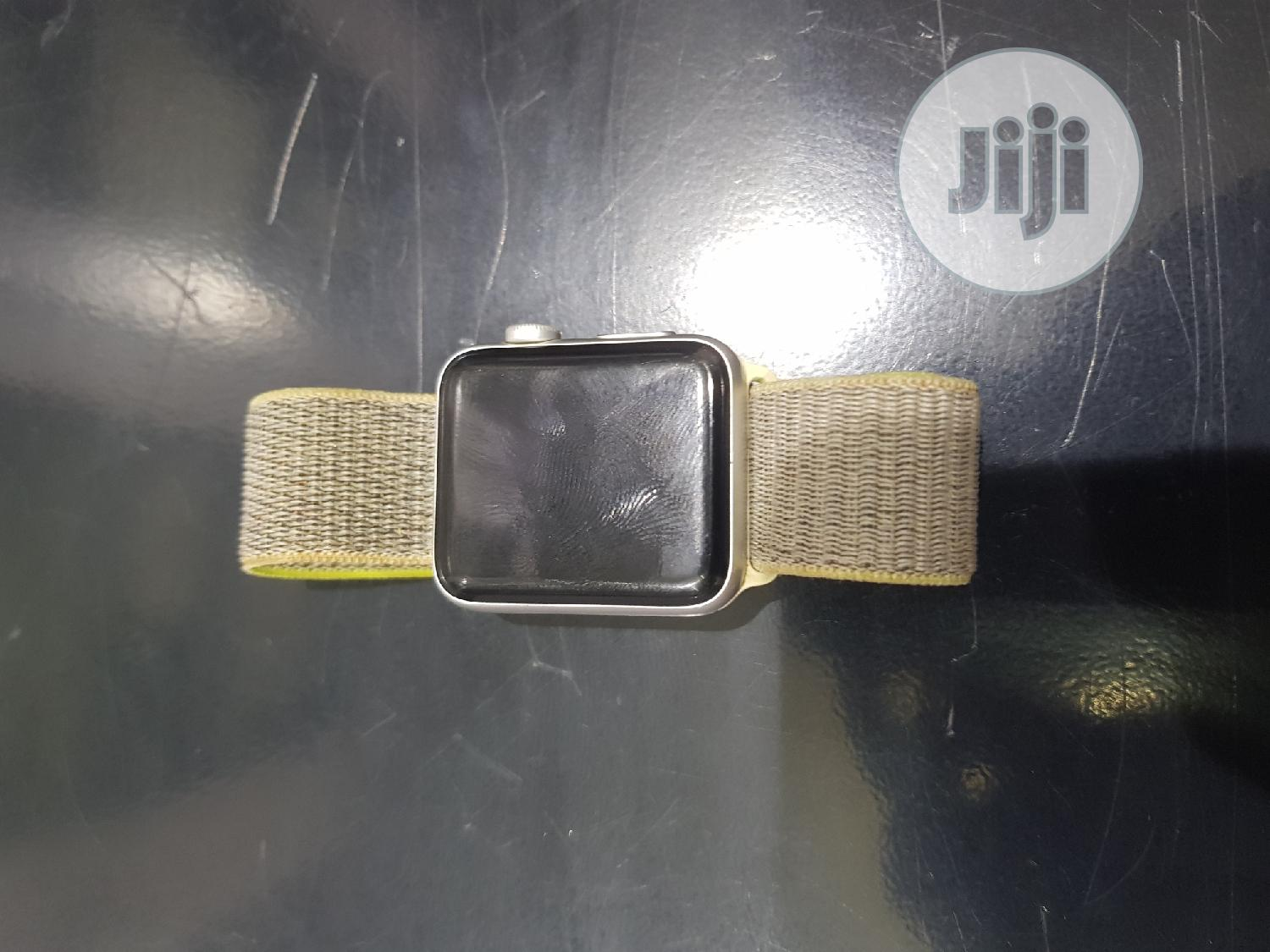 Uk Used Apple Iwatch Series 3 42mm Gps + Cellular | Smart Watches & Trackers for sale in Ibadan, Oyo State, Nigeria