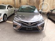 Toyota Camry 2018 SE FWD (2.5L 4cyl 8AM) Brown   Cars for sale in Lagos State