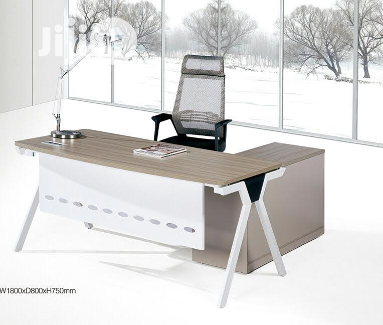 Super Executive Office Desk With Metal Leg (1.8 Meters)