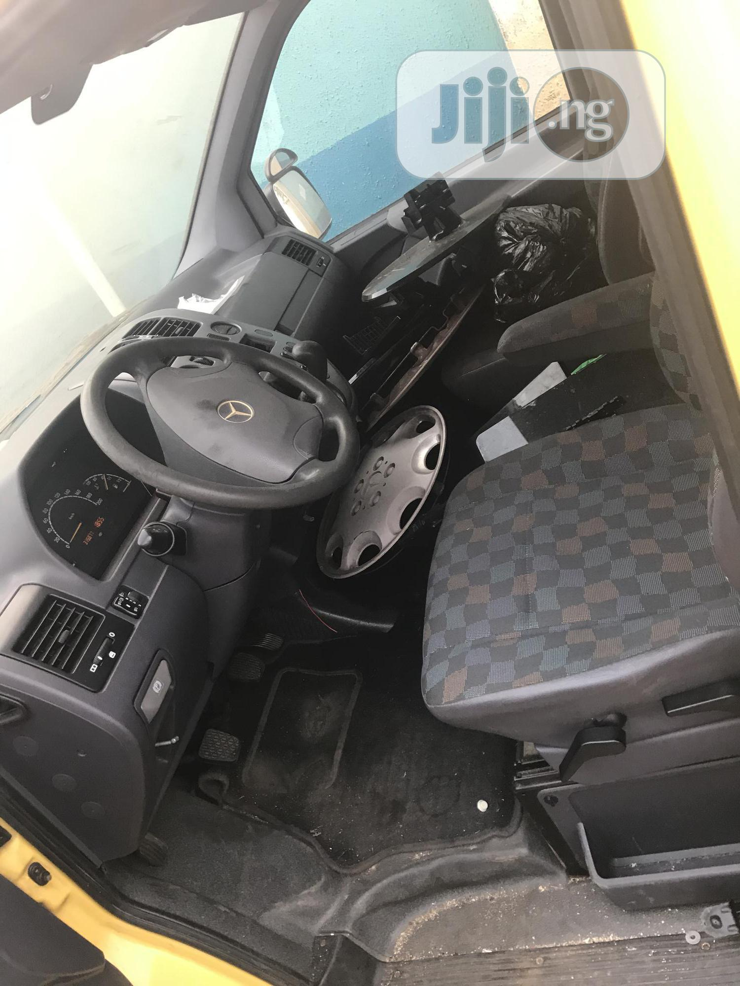 Hot Mercedes-Benz Vito 2003, Diesel Engine, Yellow Sales | Buses & Microbuses for sale in Agege, Lagos State, Nigeria