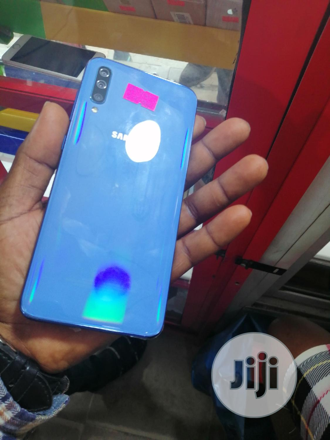Samsung Galaxy A70 128 GB Blue | Mobile Phones for sale in Ikeja, Lagos State, Nigeria