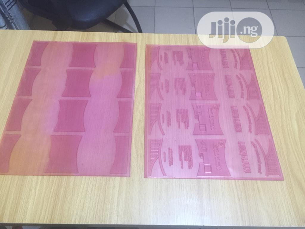 Rubber Stereo Plate For Bread,Pure Water, Popcorn And Chicken Nylon