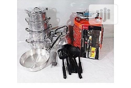 Archive: Universal Economy Kitchen Bundle- 4 Set Pots, 1 Kettle, 1 Fryiny Pan