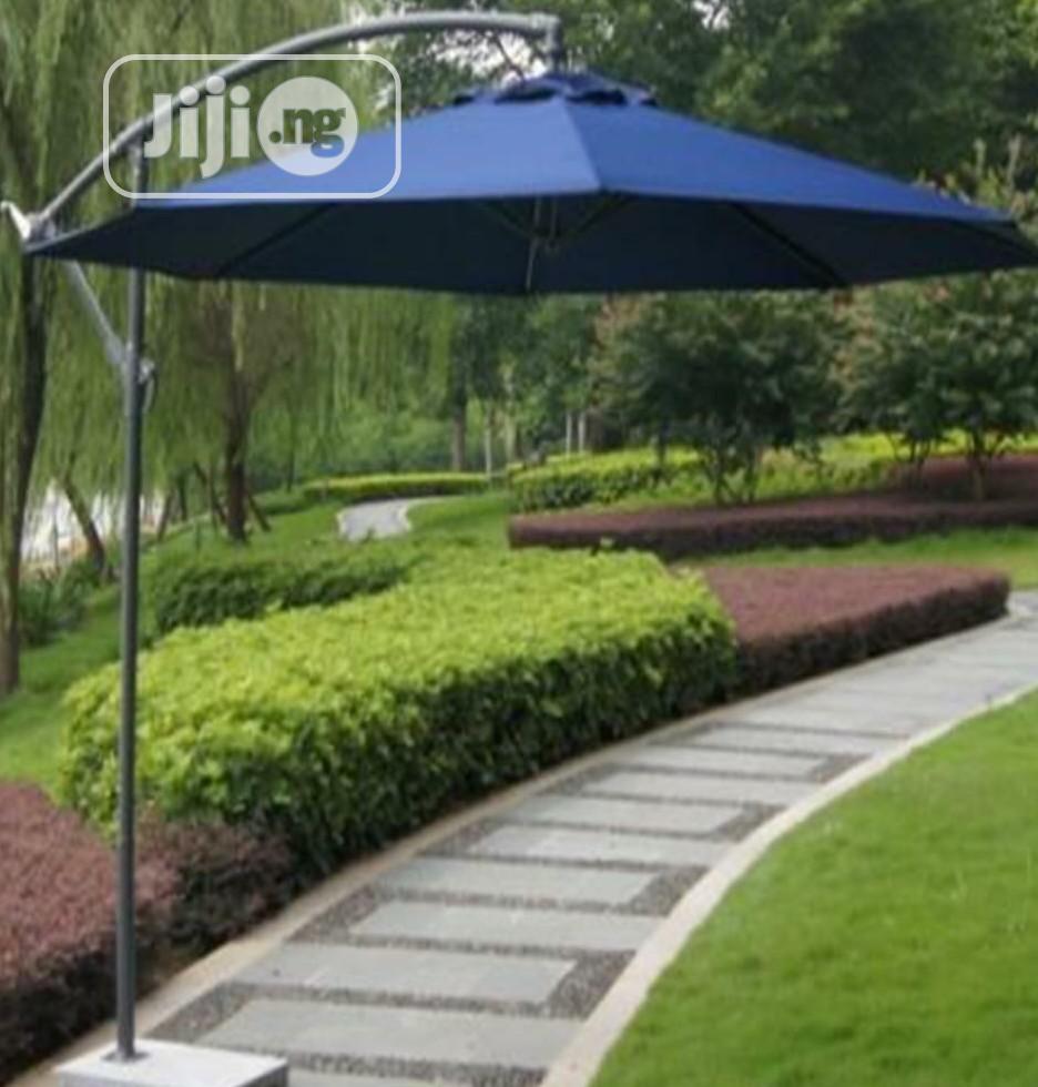 New & Portable Outdoor Umbrella Canopy.