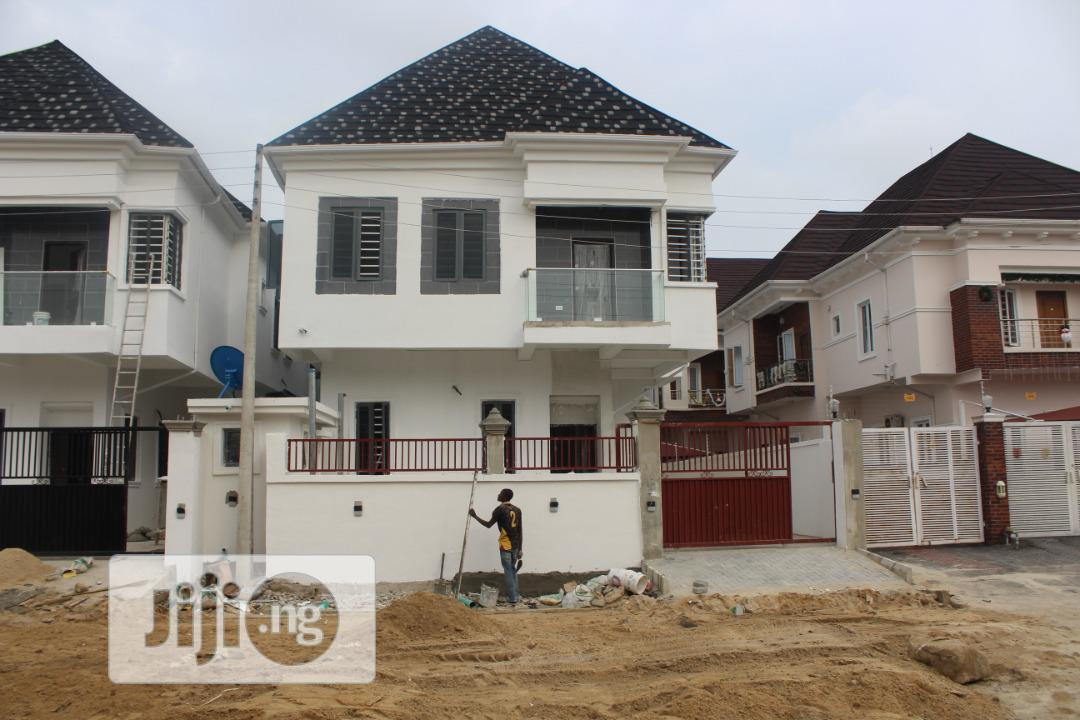 5 Bedroom Detached Duplex Available For Sale