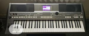 UK Used Yamaha Psr S670 Workstation Keyboard | Musical Instruments & Gear for sale in Lagos State, Ikeja