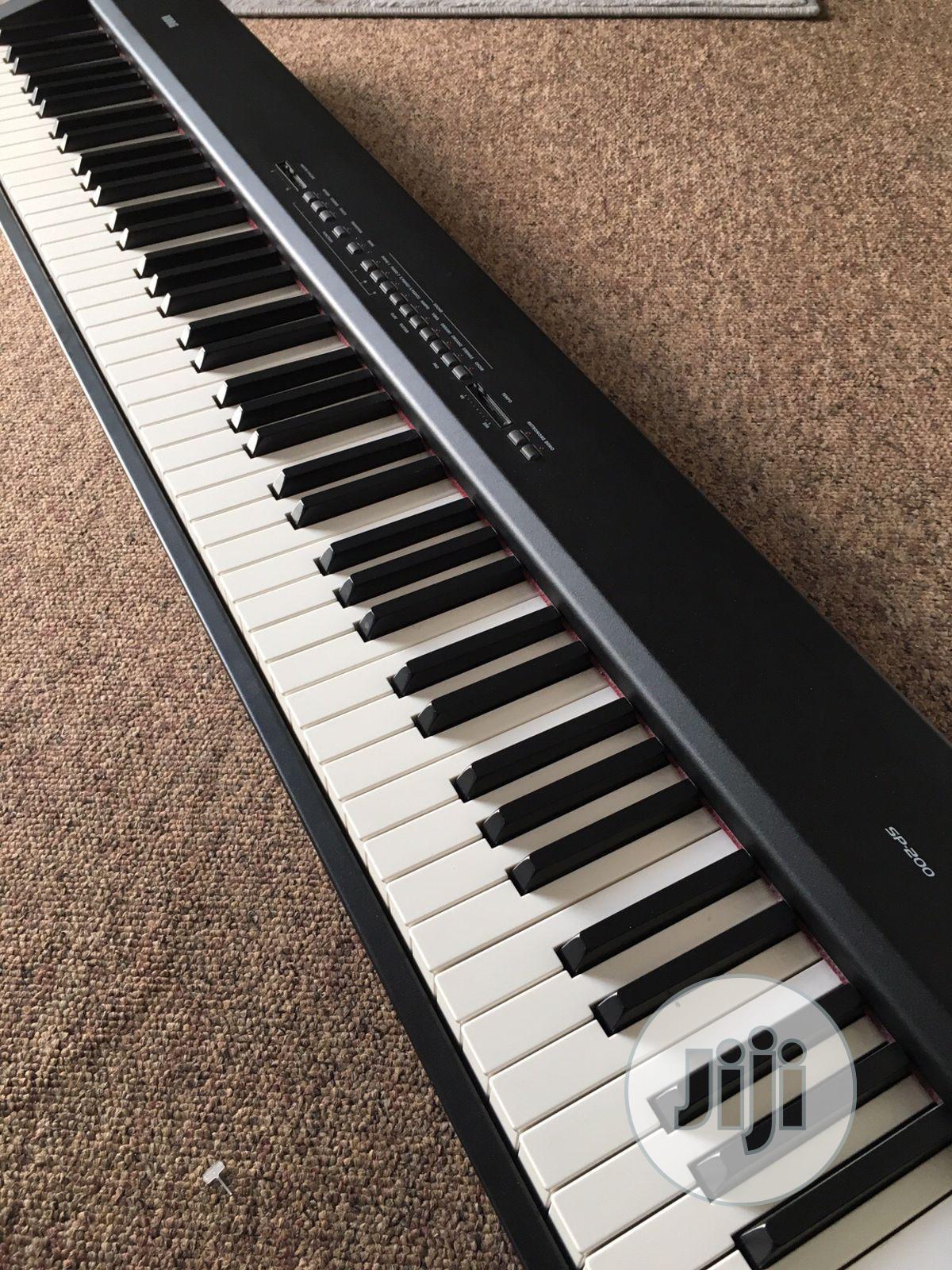 Used Korg SP 200 Digital Piano