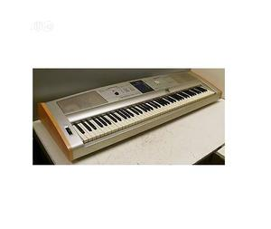 UK USED Yamaha DGX 505 Digital Piano | Musical Instruments & Gear for sale in Lagos State, Ikeja