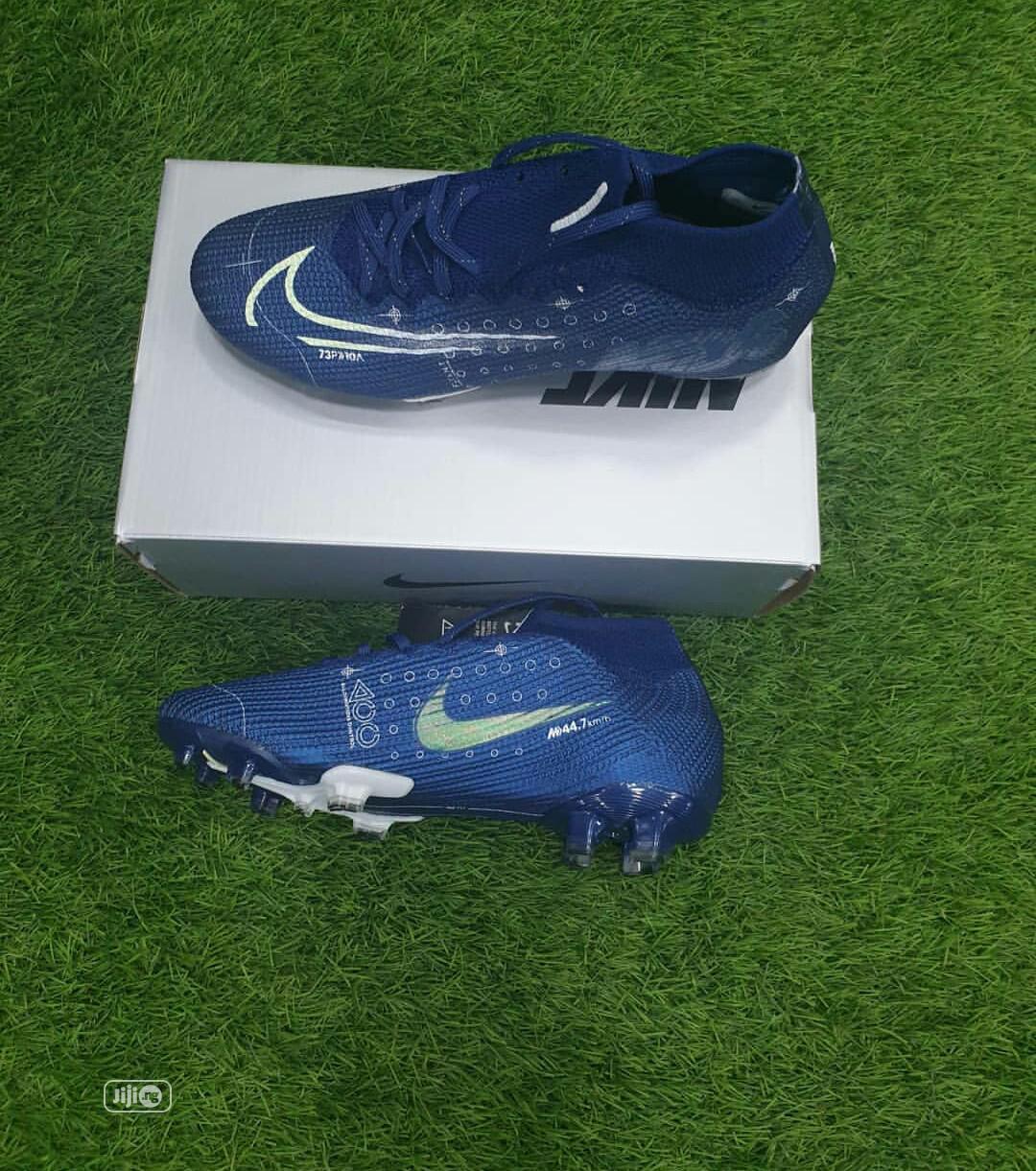 Original Nike Football Boots in Apapa