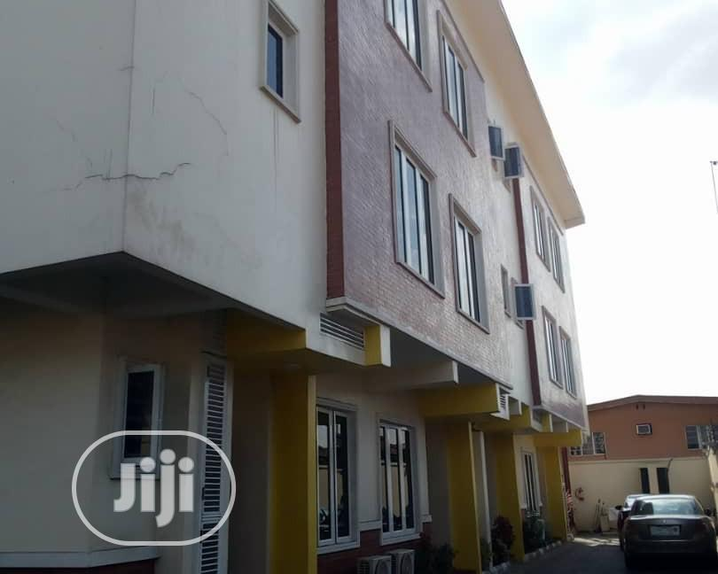 Archive: 4 Bedroom Short Let Apartment As Ikeja