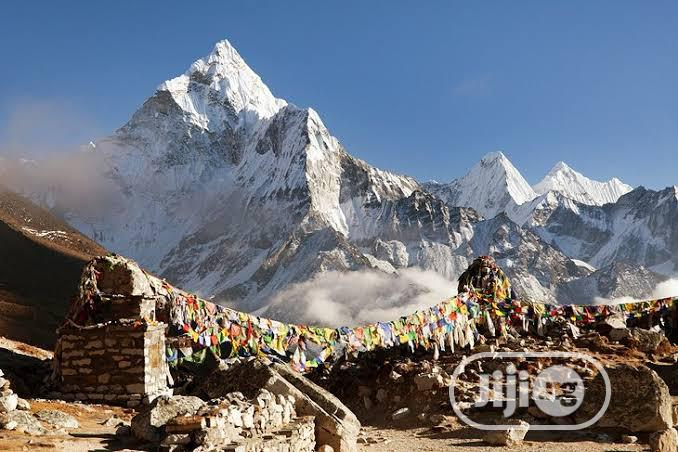 Nepal Visa (Near China/India, See Mount Everest)