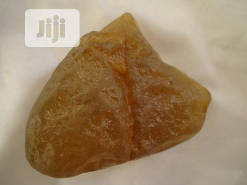 Crystals: Agate- 72.4 Grams