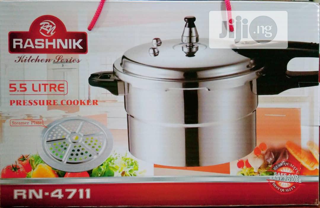 Archive: Rashnik Pressure Pot / Cooker 5.5ltrs