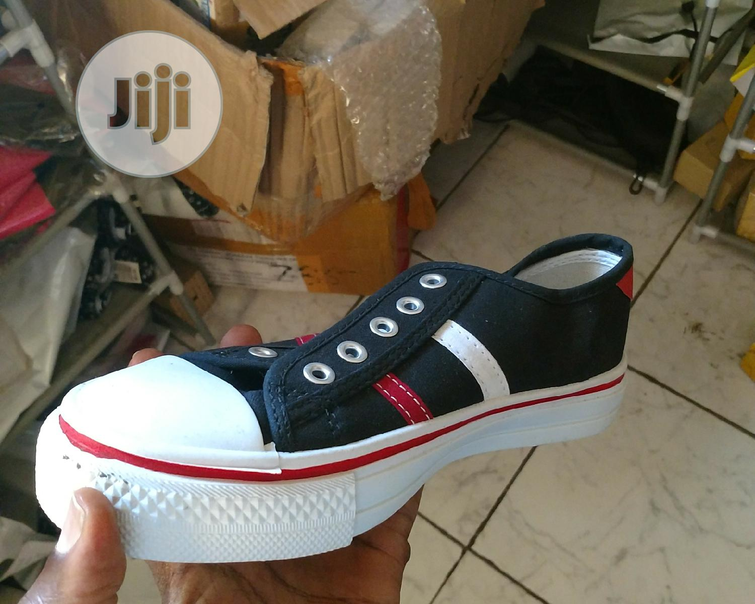 Bata Striped Sneakers - Black/Red   Shoes for sale in Ikeja, Lagos State, Nigeria