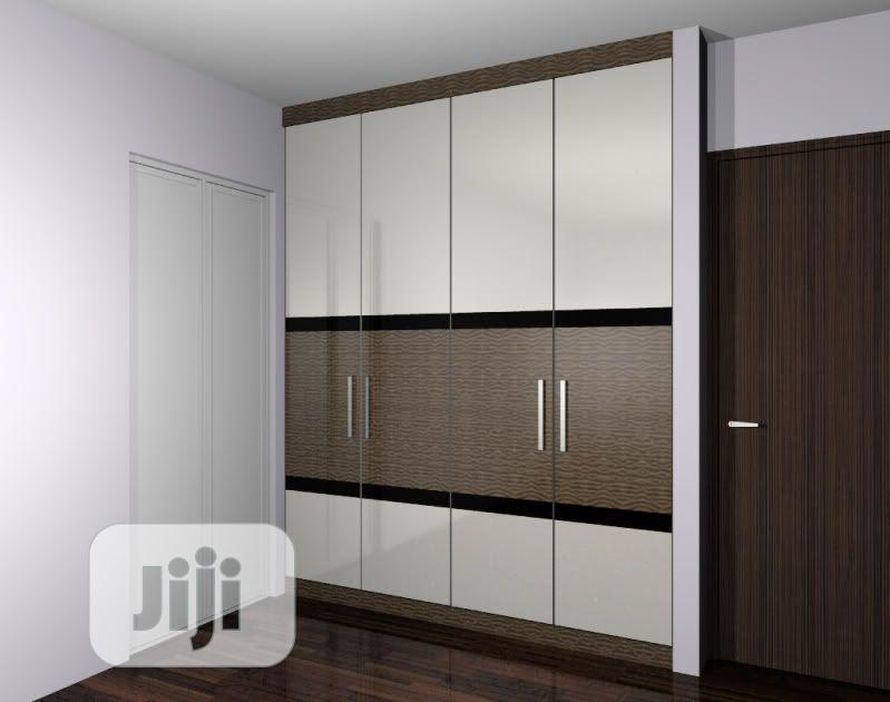 Archive: Modern Standard Wardrobe With Artchitrave for Master Ro