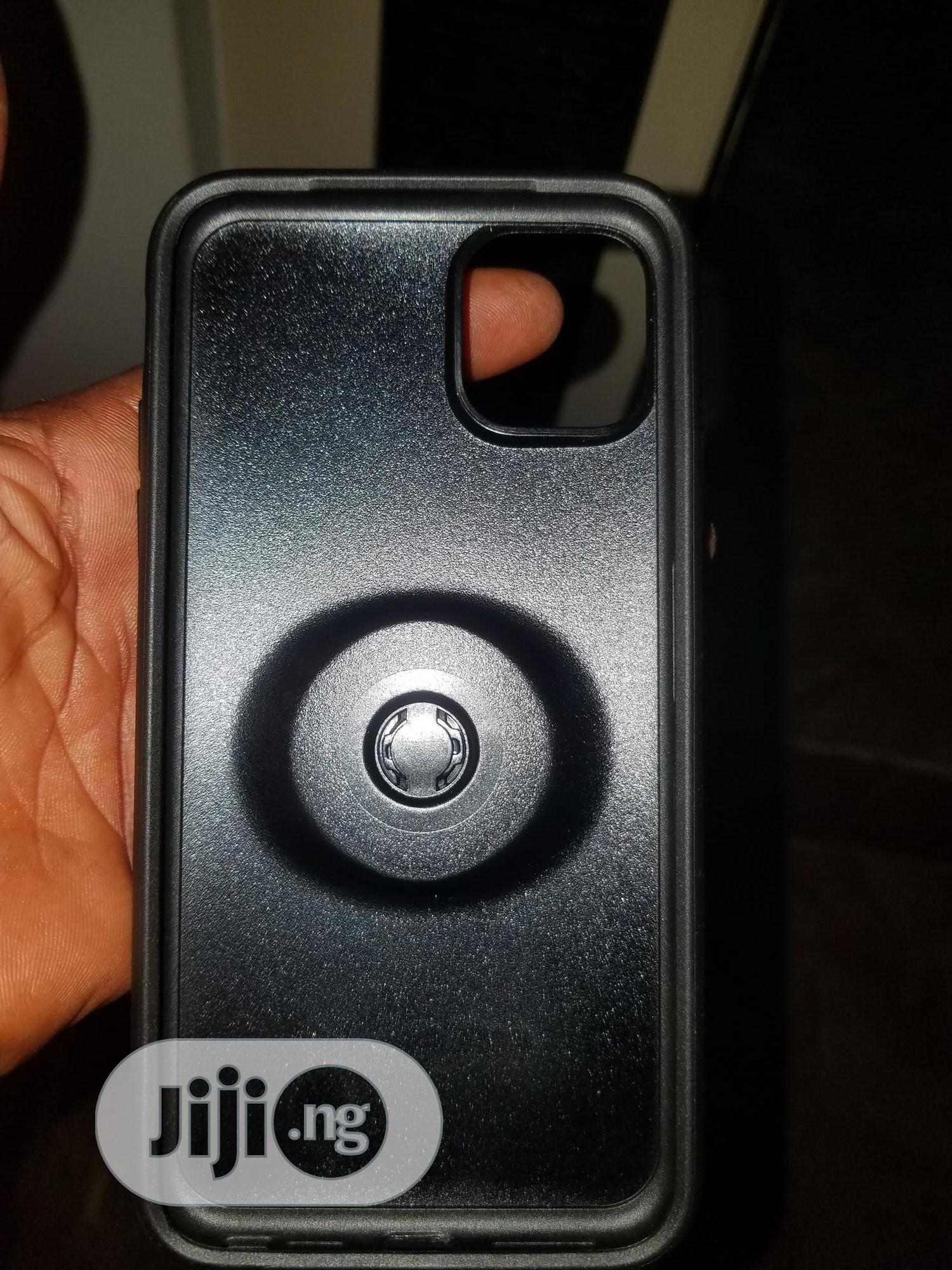 iPhone 11 Promax Otterbox Symmetry With Pop Socket Case | Accessories for Mobile Phones & Tablets for sale in Ikeja, Lagos State, Nigeria