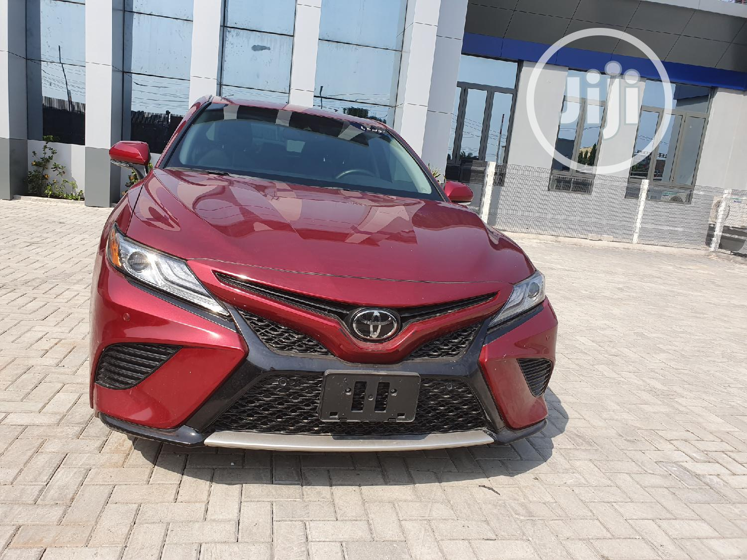 Toyota Camry 2018 XSE FWD (2.5L 4cyl 8AM) Red