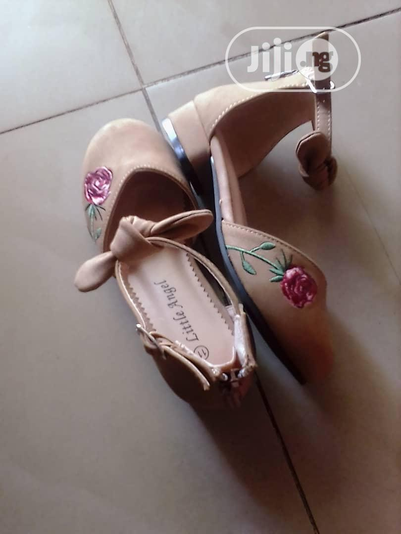 Archive: Girl's Shoe