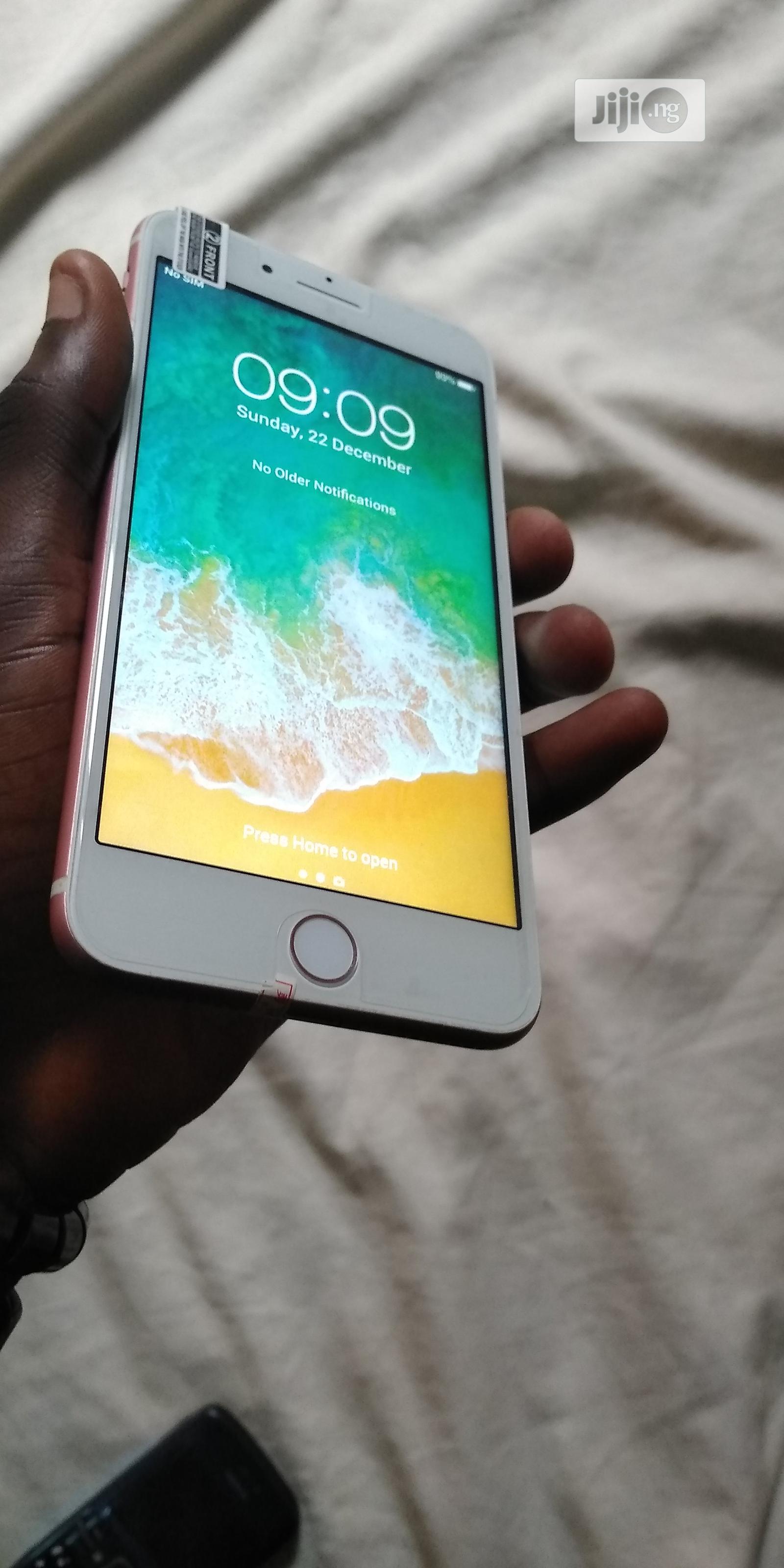 Apple iPhone 7 Plus 32 GB Pink