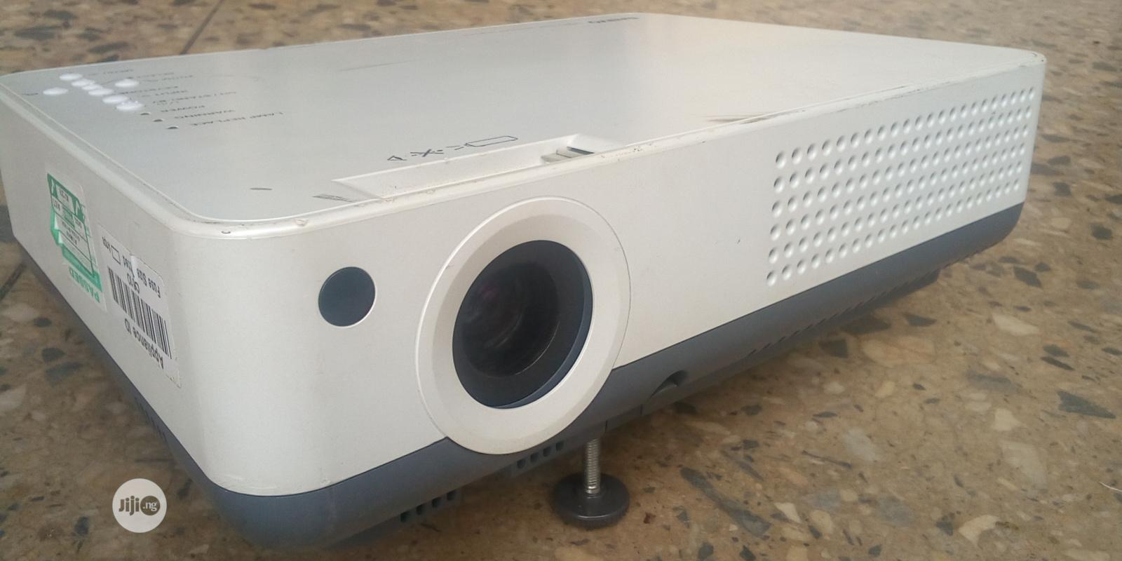 Clean Sanyo Projector | TV & DVD Equipment for sale in Jikwoyi, Abuja (FCT) State, Nigeria