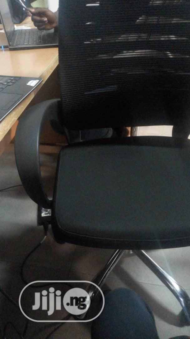 We Repairs And Service Any Kind Of Office Chairs