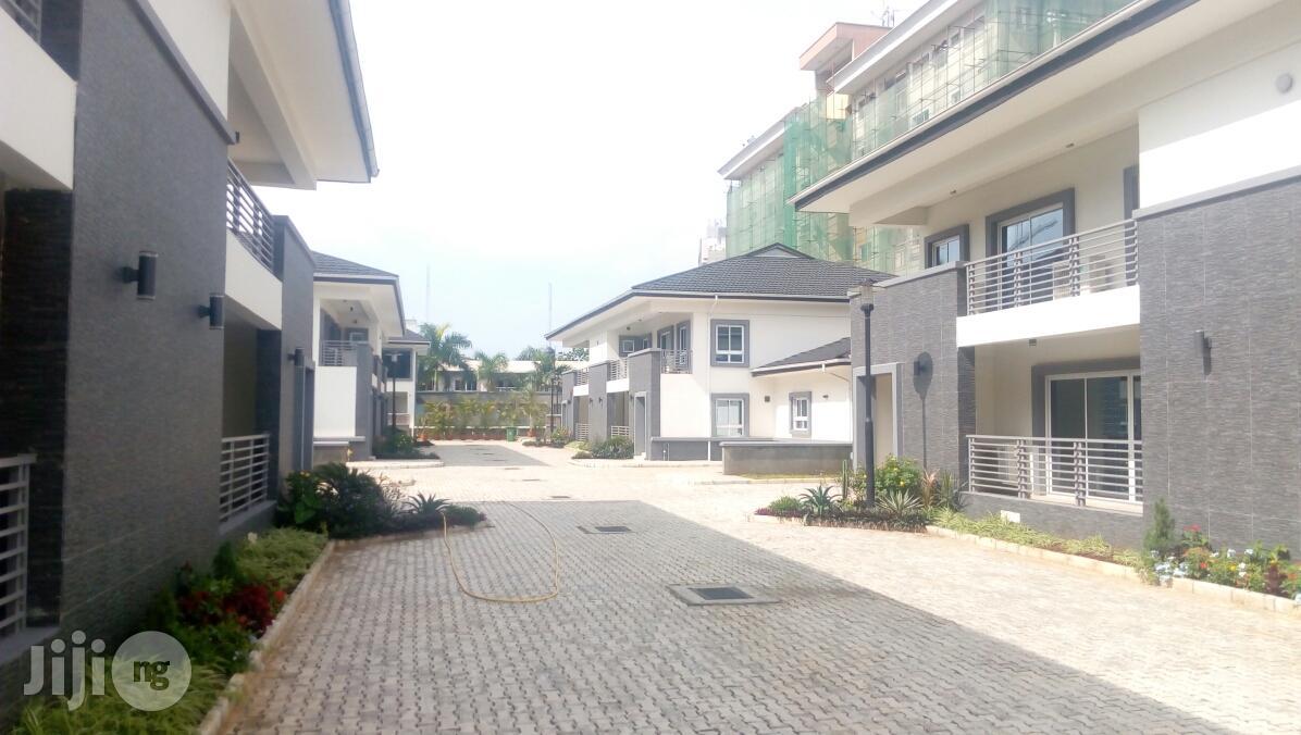 8 Units New 4 Bedroom Semi Detached House at Victoria Island for Rent