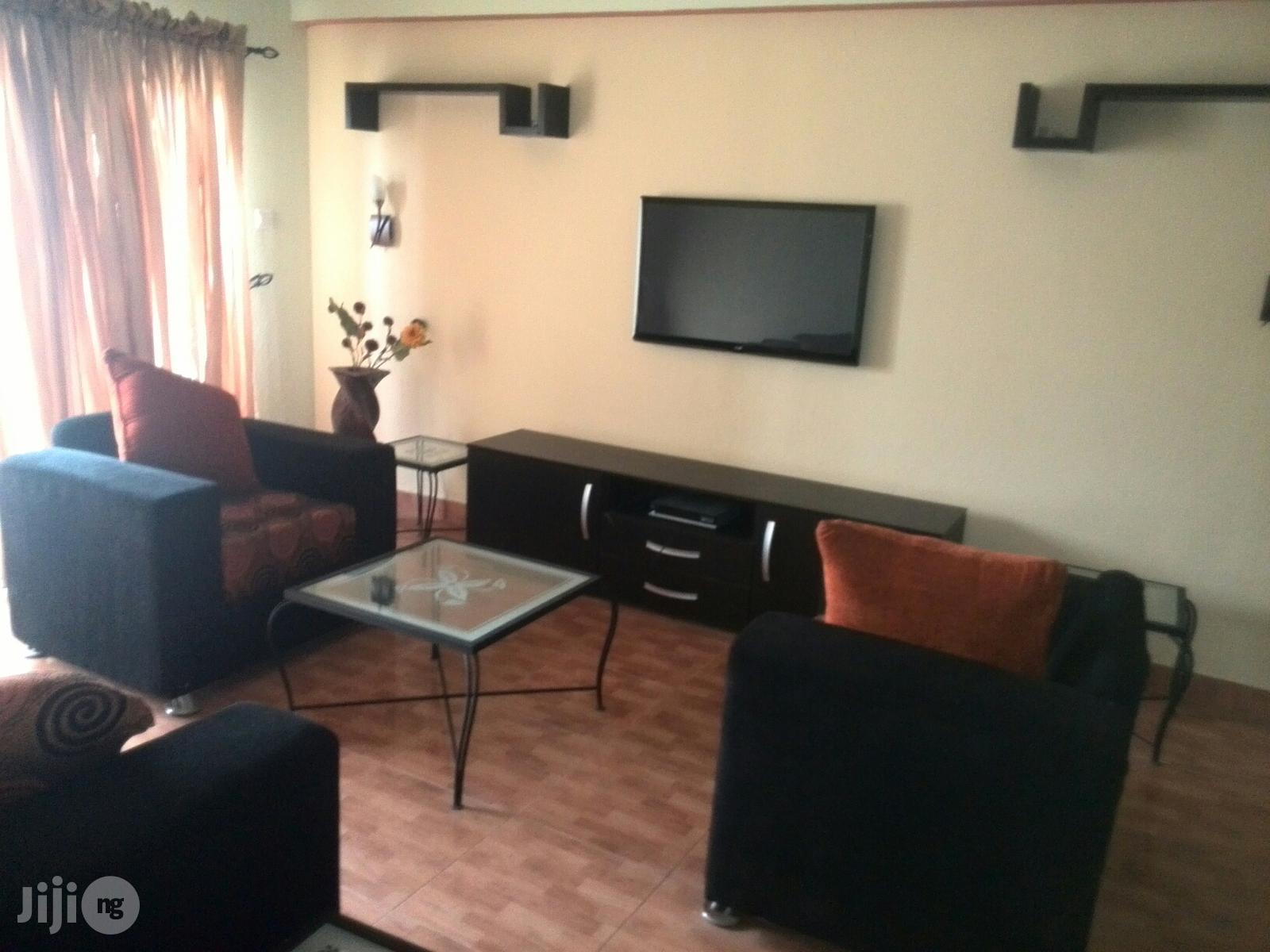 Very Clean And Cheap 1 Bedroom Flat Off Kofo Abayomi Street, V.I