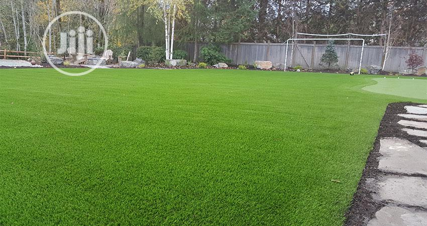 Synthetic Turf For Golf Practicing And Race Tracks