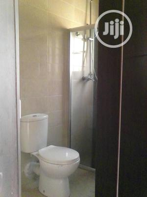 Serviced 3bedroom Flat With Excellent Features For Rent | Houses & Apartments For Rent for sale in Lagos State, Lekki