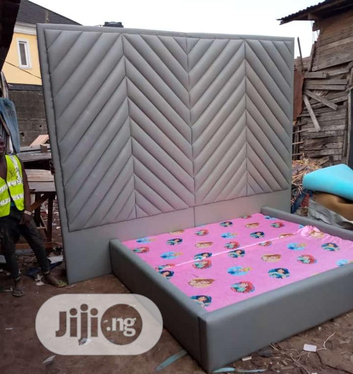 8*8 Headboard With 6x6bed