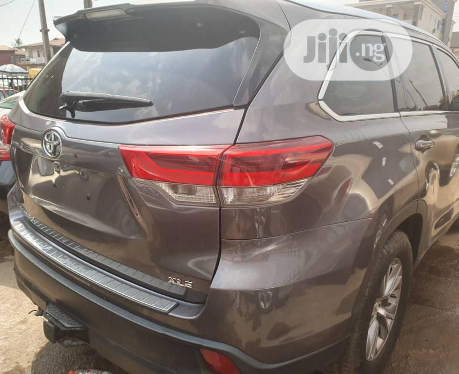 Toyota Highlander 2017 Gray   Cars for sale in Ibadan, Oyo State, Nigeria