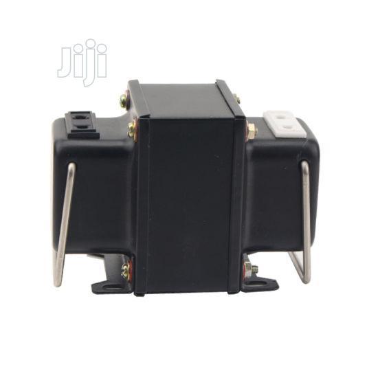 Step Down Transformer 220V + 110V - 300W