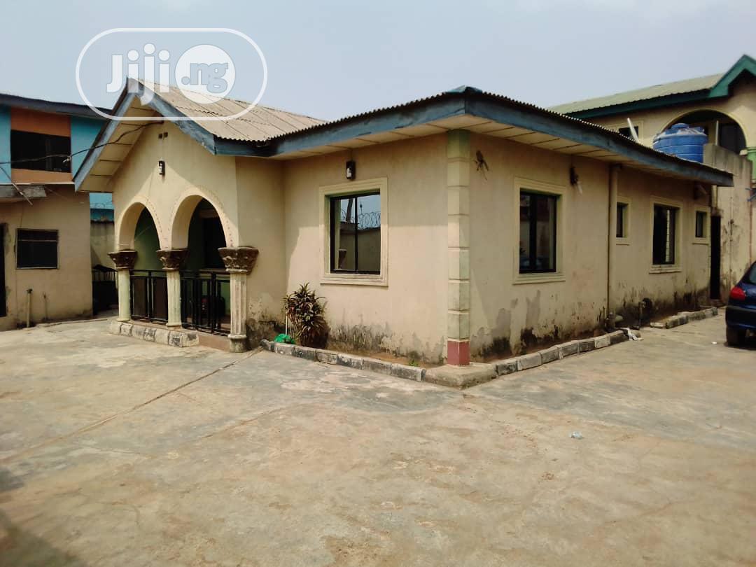 Standard 4 Flats Of 2 Bedroom & 4 Bedroom Bungalow Off LASU Iba Isheri Road Igando For Sale.   Houses & Apartments For Sale for sale in Ikotun/Igando, Lagos State, Nigeria