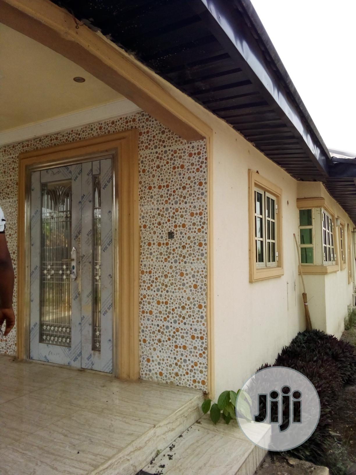 A Well Built 3bedroom Bungalow For Sale | Houses & Apartments For Sale for sale in Benin City, Edo State, Nigeria