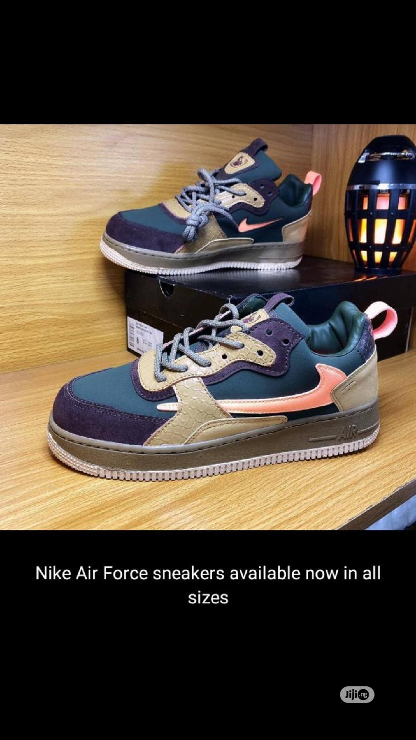 Archive: Nike Airforce Sneakers