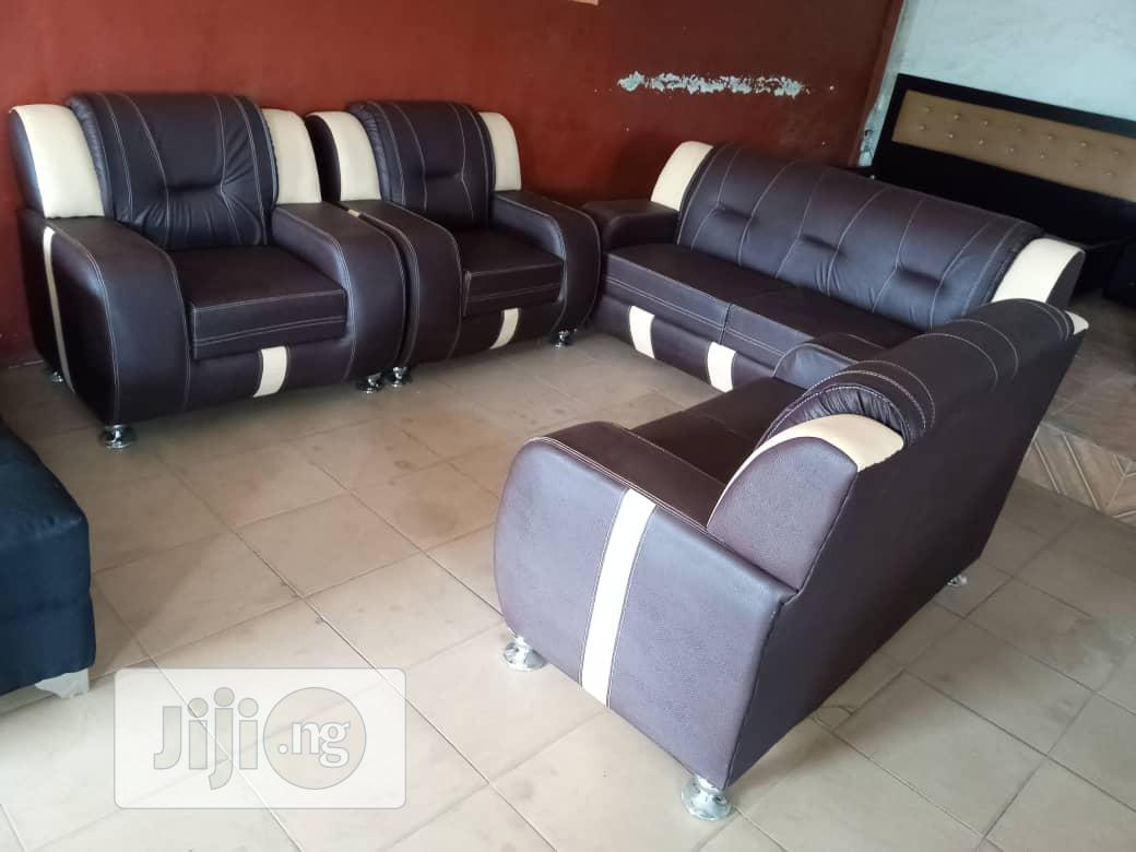 Archive: 7 Seaters Quality Leather Chair