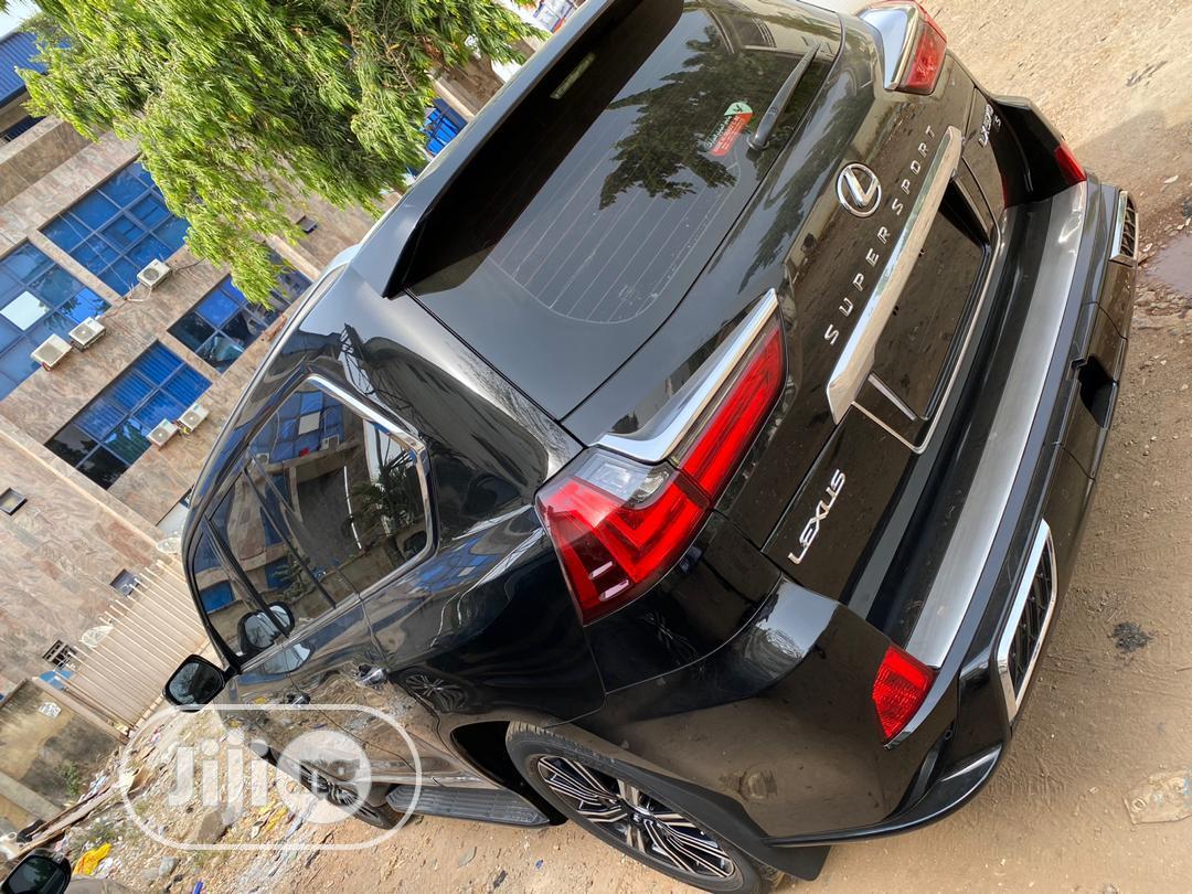 Archive: New Lexus LX 570 2020 Black