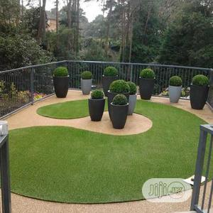 Clean & high Quality Artificial Green Grass Carpet For Home & Garden Decoration. | Garden for sale in Lagos State, Ikorodu