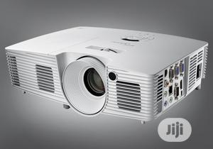 4500 Lumens Optoma W402 With HDMI   TV & DVD Equipment for sale in Lagos State