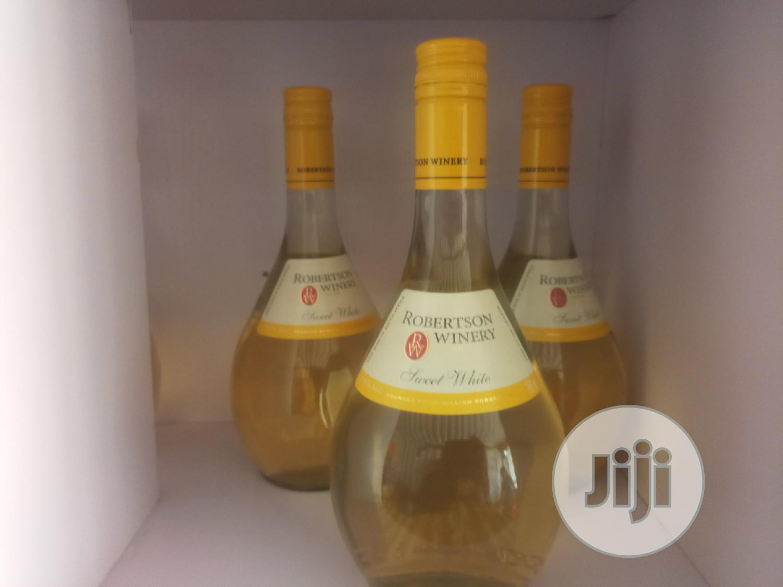 Archive: Rorbertson Wines