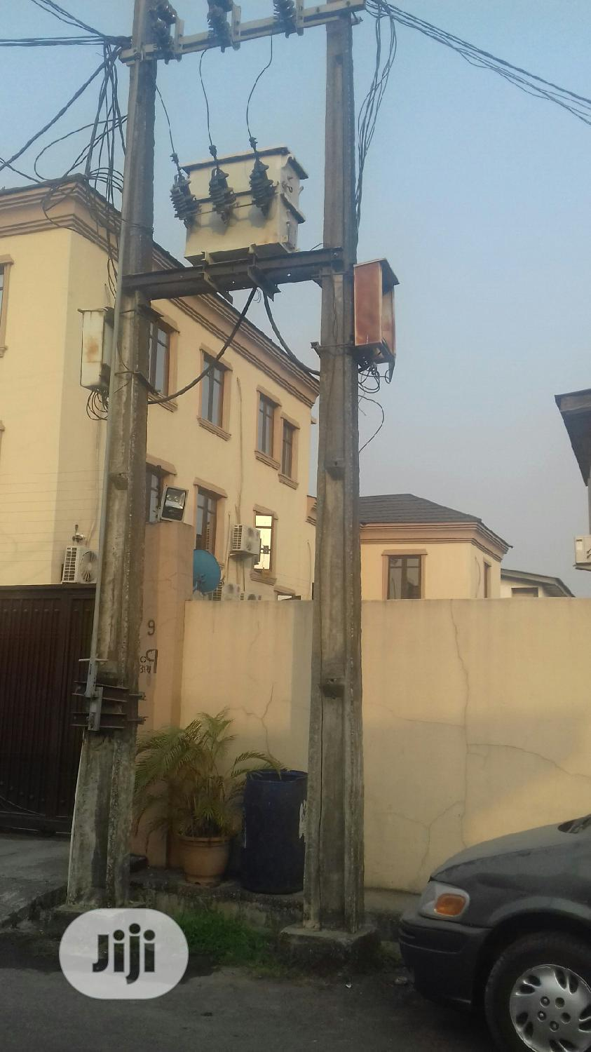Spacious 5 Bedroom Detached House For Sale Off Ogunlana Drive Surulere | Houses & Apartments For Sale for sale in Surulere, Lagos State, Nigeria