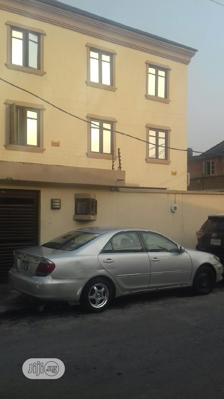 Spacious 5 Bedroom Detached House For Sale Off Ogunlana Drive Surulere