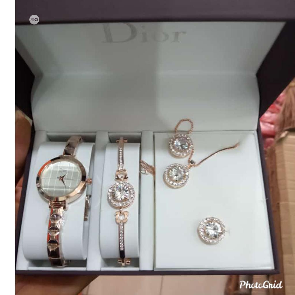 Doir Fashion Wrist Watch and Bracelet