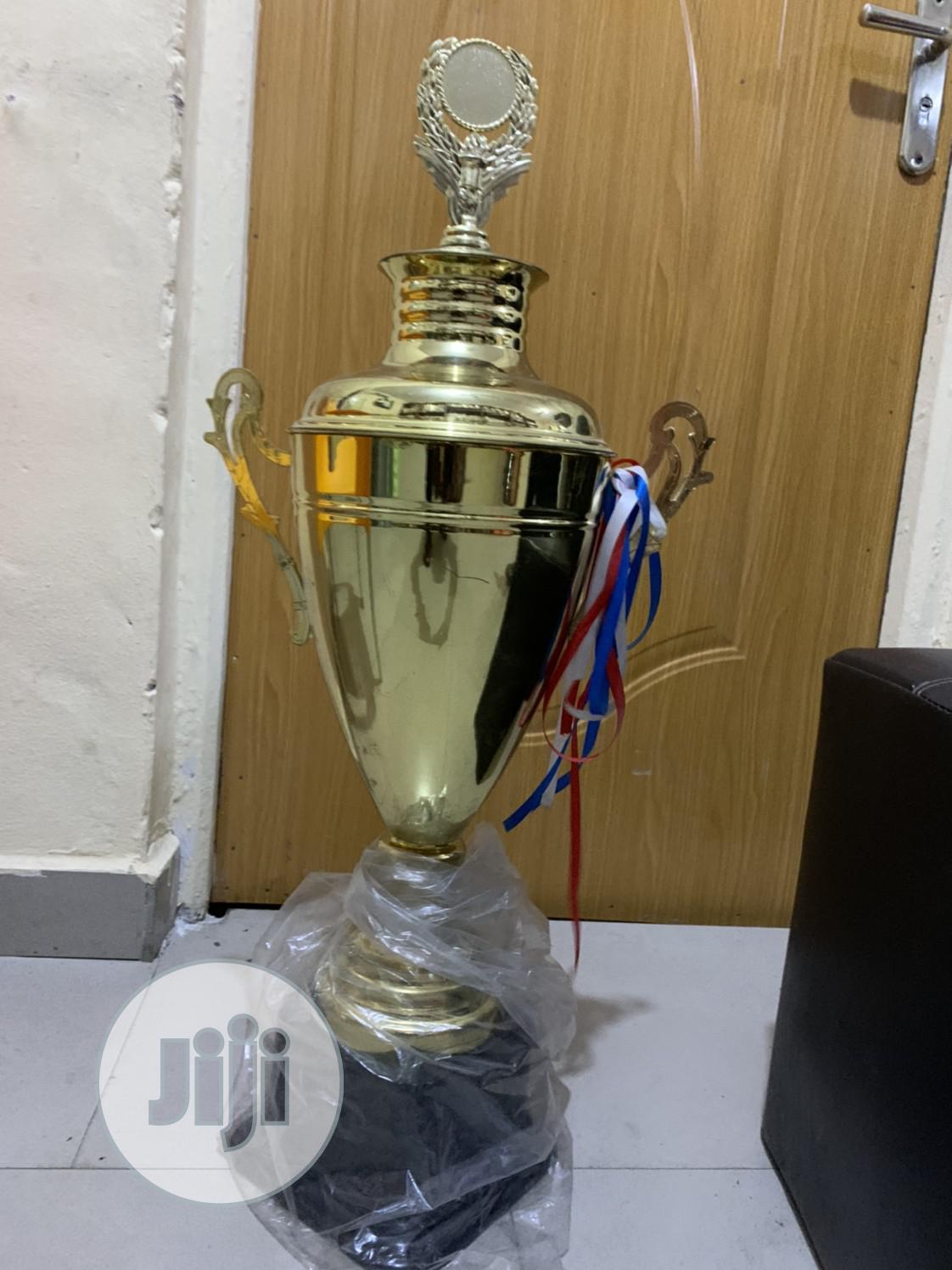 Gaint Gold Trophy